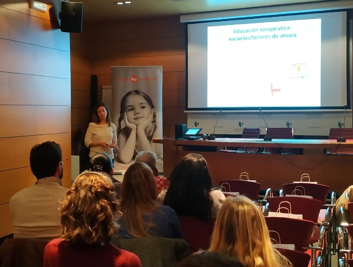 Grupo IHP imparte una charla para pediatras sobre el eczema atópico