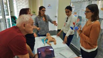 Grupo IHP imparte en Marbella un curso con las última técnicas en RCP neonatal