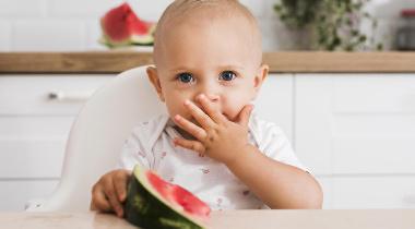 Cinco consejos para una buena alimentación de tu hijo en verano